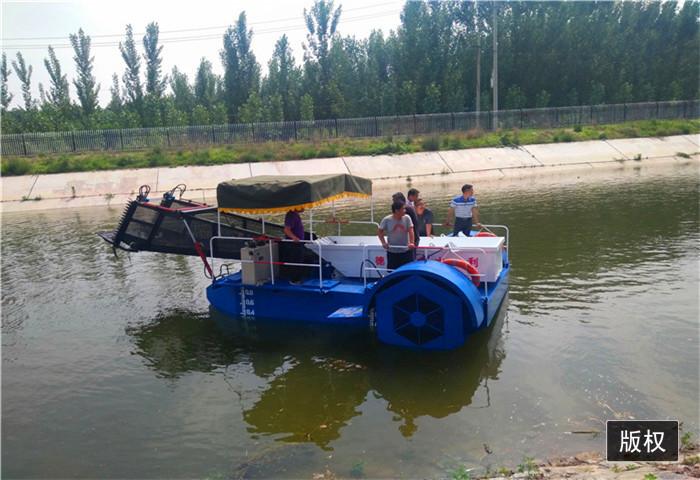水葫芦收割打捞船