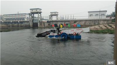 海上漂浮垃圾收集船