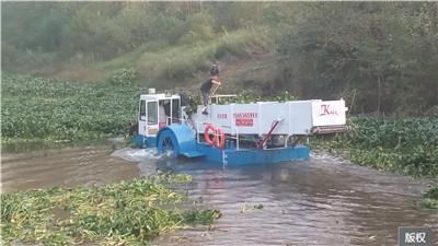 河套割草船