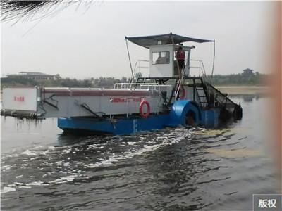 水上垃圾收集器船