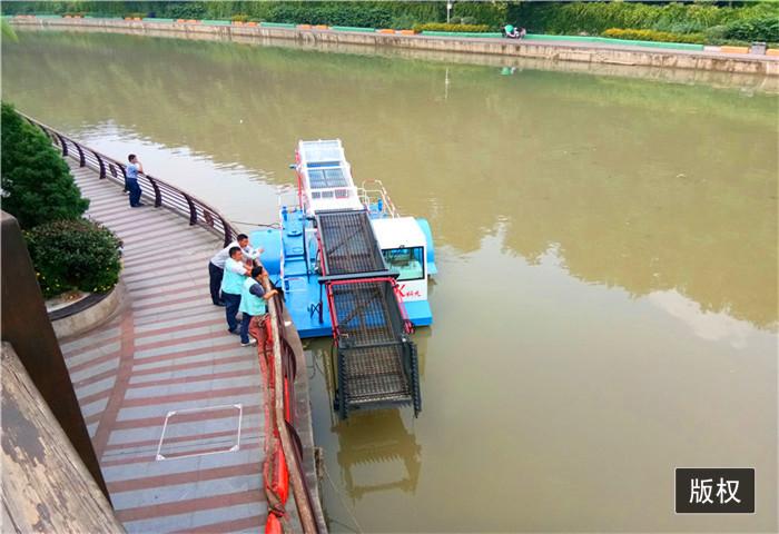 水藻类打捞收集船