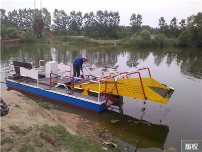 半自动水面保洁船
