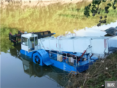 環保收集船