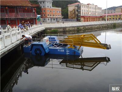 水草收割船设备
